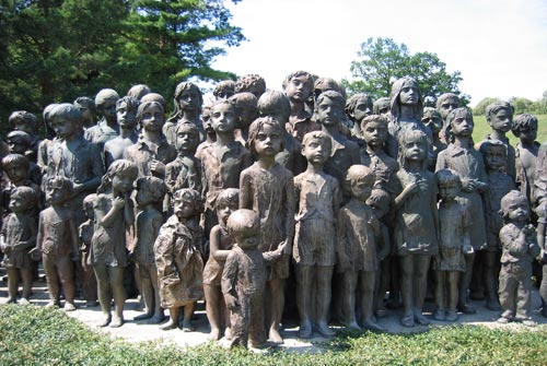 5.Memorial lidice children